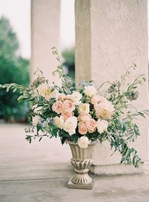 Pale Rose Wedding Arrangement