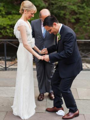 Break the Glass Wedding Customs