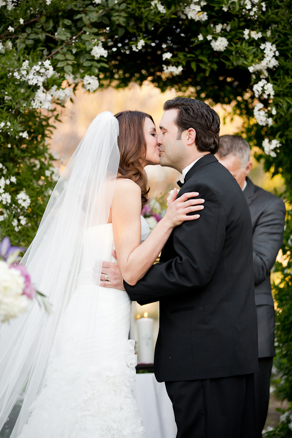 Bride Groom First Kiss Elizabeth Anne Designs The