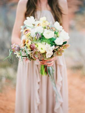 Elegant Desert Bouquet