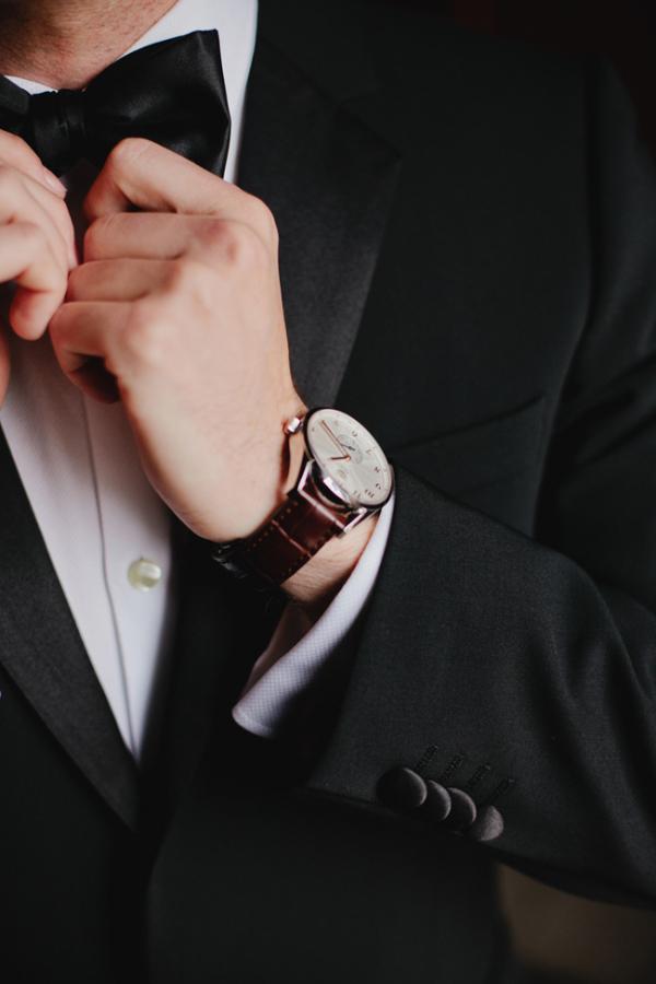 Elegant Groom Watch