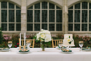 Gold and Green Table Decor Ideas