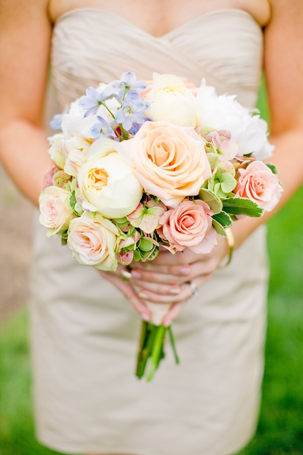 peach rose and blue hydrangea bouquet
