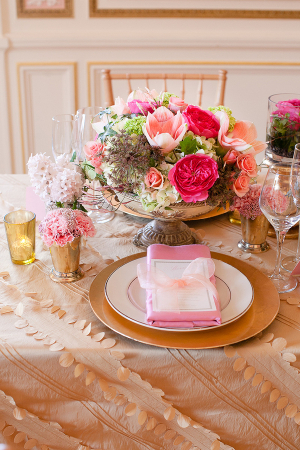 Pink Gold Romantic Tabletop