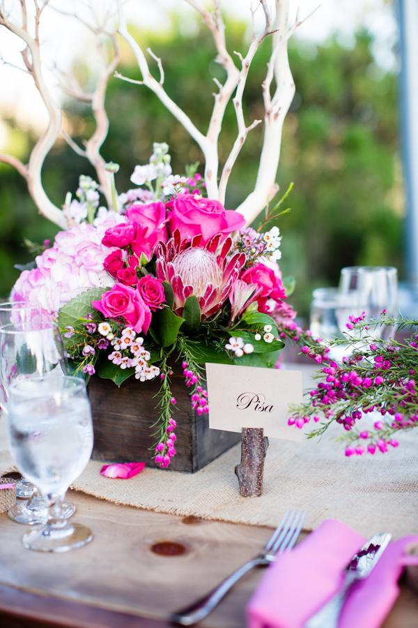 Pink Wood And Burlap Reception Decor Ideas Elizabeth