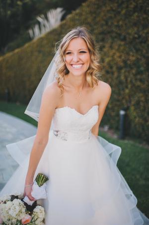 Classic Makeup Ideas for Brides