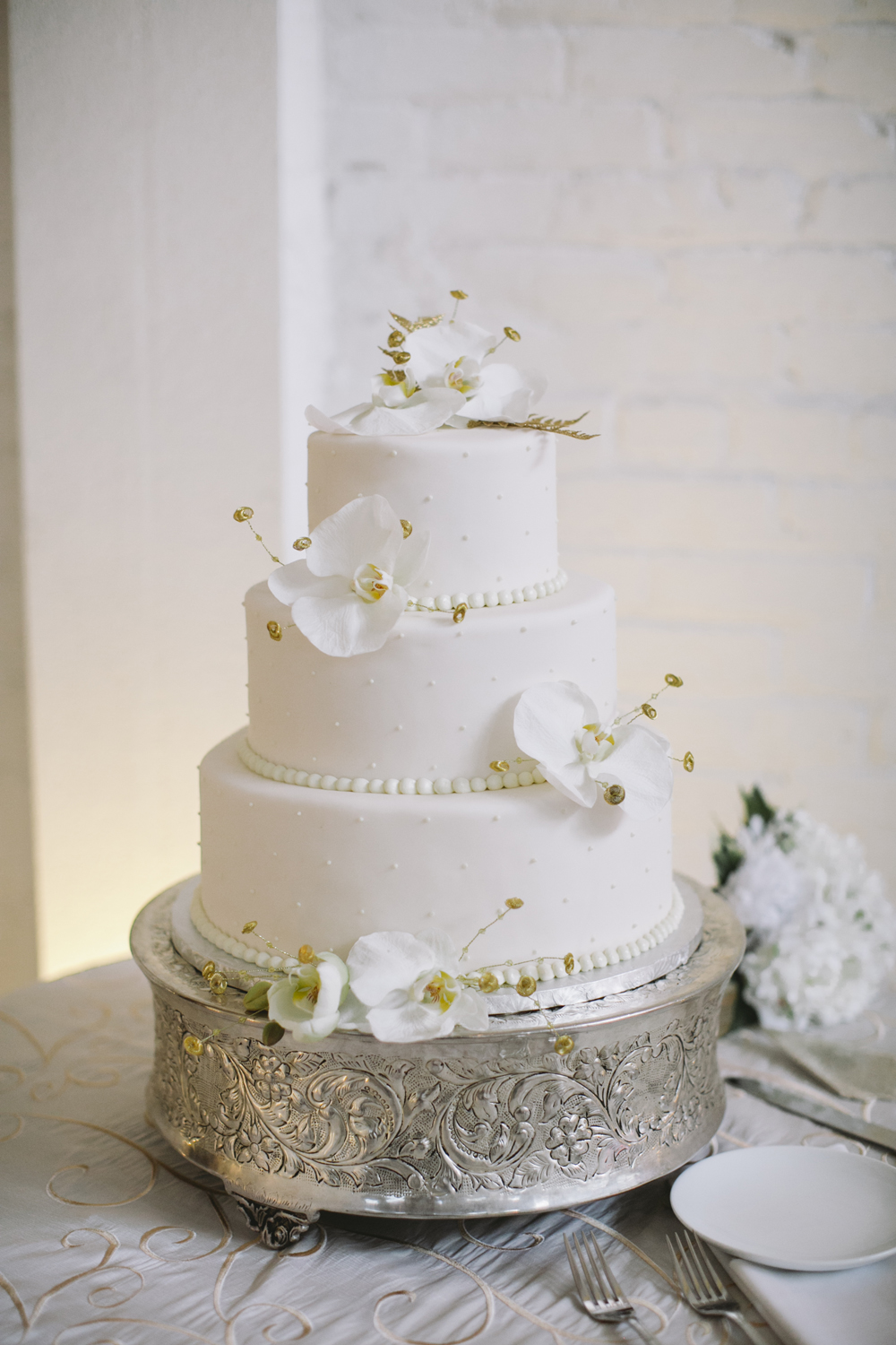 Classic Wedding Cake With White Orchids Elizabeth Anne