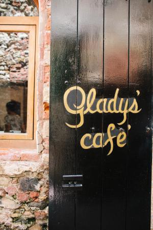 Gladys Cafe St Thomas