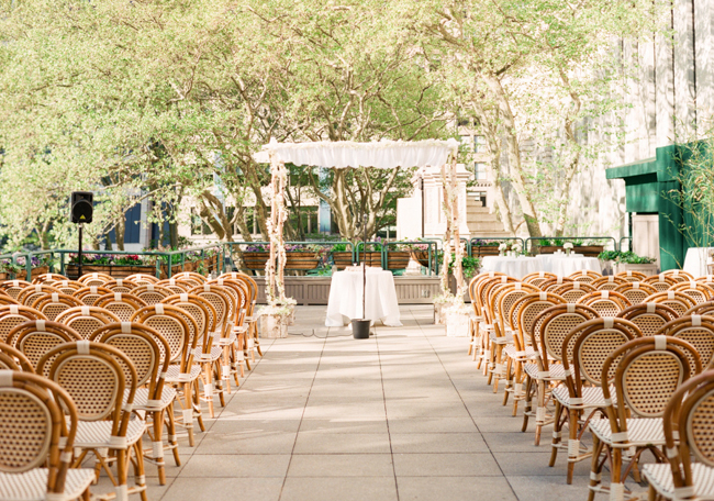 Nyc bryant park rooftop ceremony venue elizabeth anne for Small nyc wedding venues
