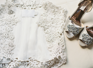 Sleeveless Lace Wedding Gown Jacket