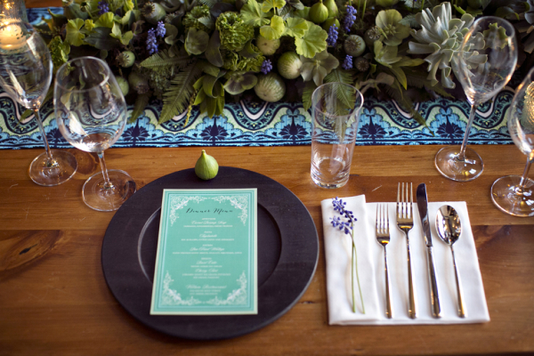 Vibrant Turquoise and Lavender Table Decor