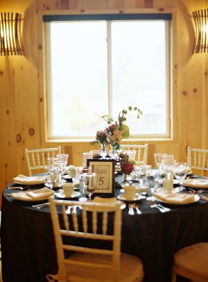 Blondewood Barn Reception Decor