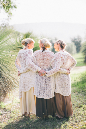 Bridesmaids in Pretty Shawls