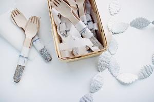 DIY Glitter Picnic Silverware