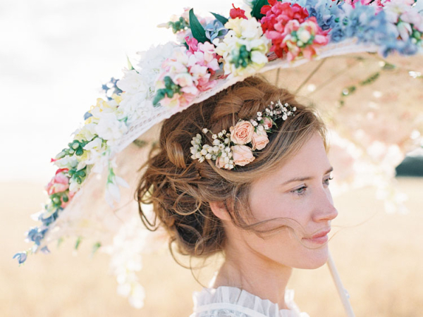 fresh flowers in updo bridal hair ideas elizabeth anne designs the wedding blog. Black Bedroom Furniture Sets. Home Design Ideas