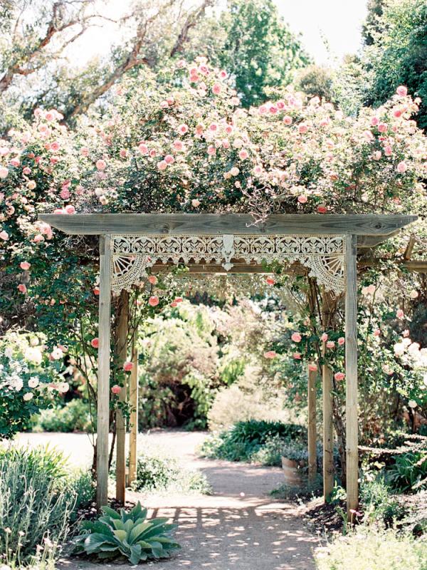 Garden gazebo outdoor wedding ideas elizabeth anne designs the garden gazebo outdoor wedding ideas junglespirit Images