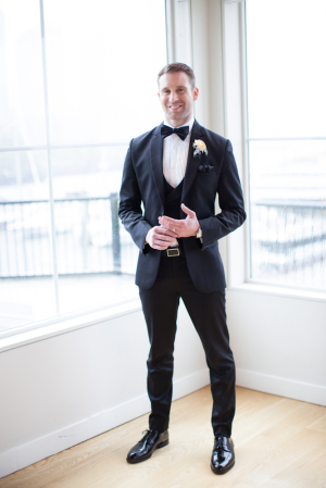 Modern Cut Black and White Grooms Tux