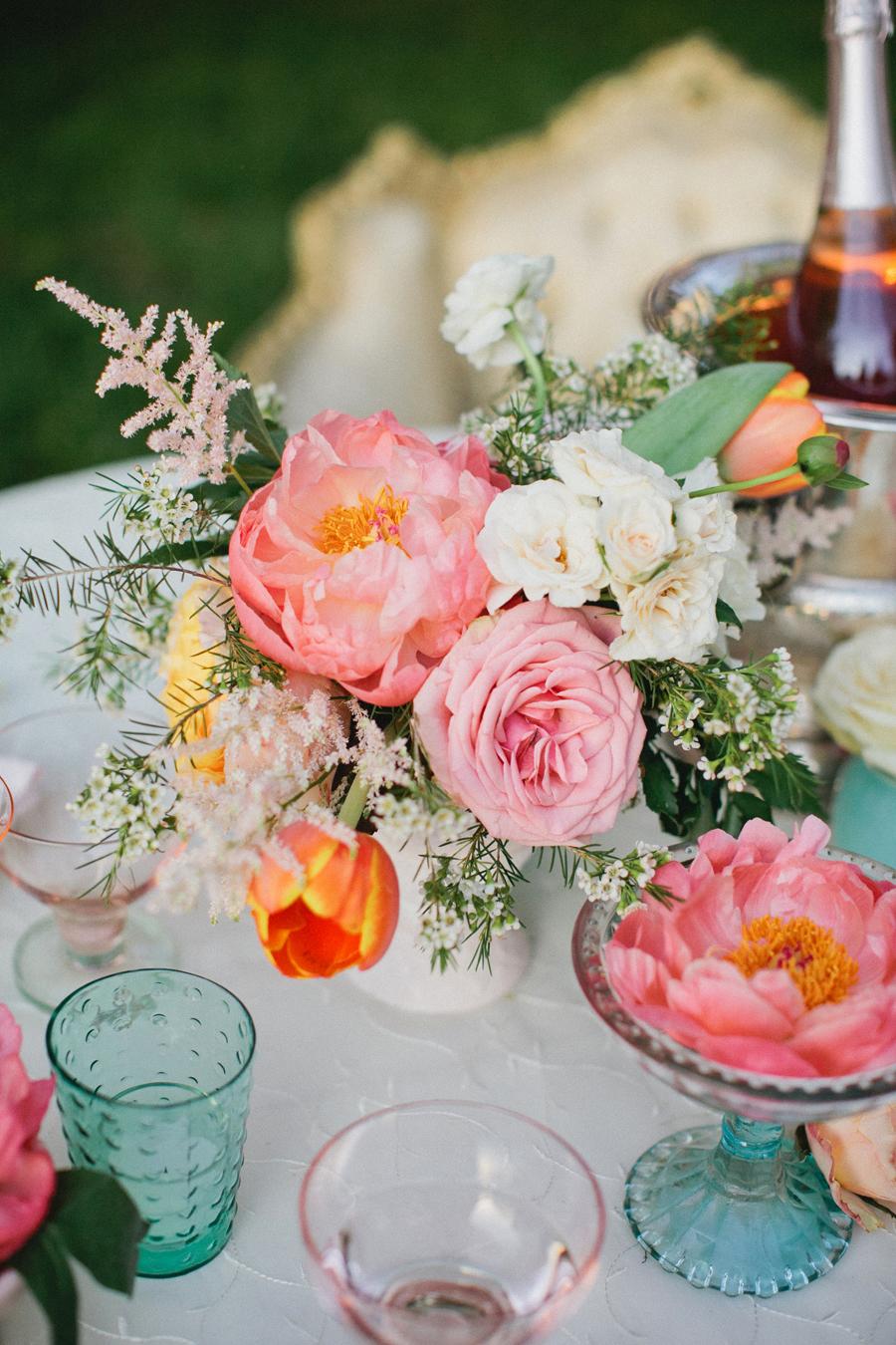 Pretty Shabby Chic Wedding Flowers - Elizabeth Anne Designs: The ...