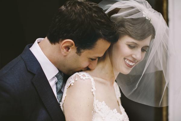 Short Bridal Veil With Rhinestone Clip