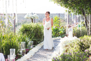Sleeveless Lace Wedding Gown