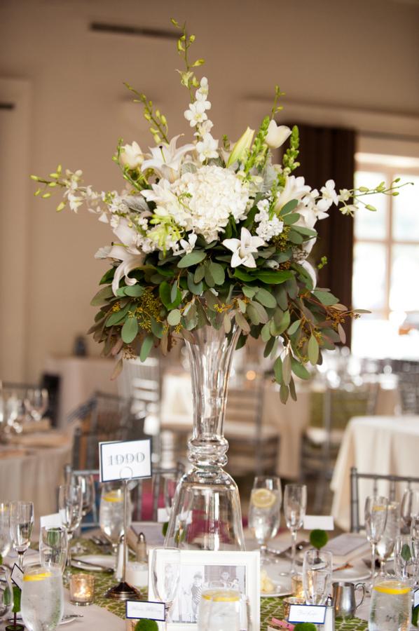 seattle-floral-design-weddings-newcastle-golf-club-white ... |Tall Green Centerpiece