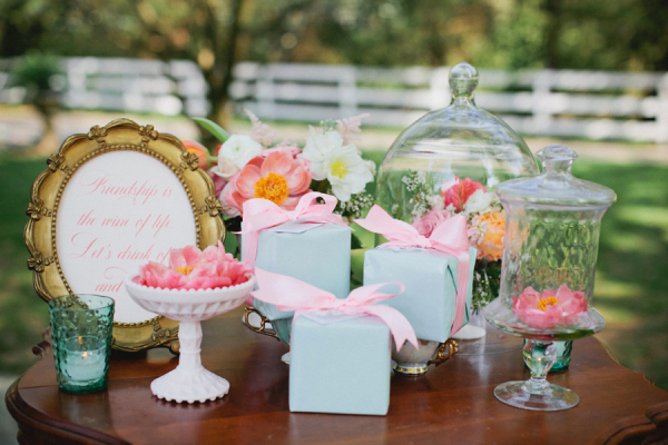 Vintage Garden Tea Party Decor