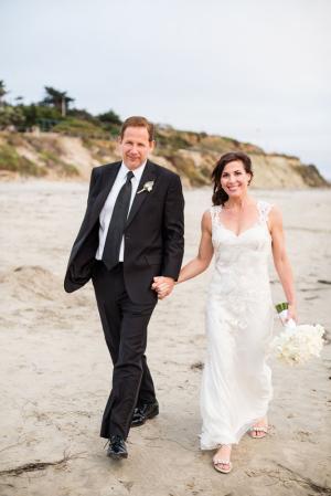 Wedding Photos on the Beach Samuel Lippke