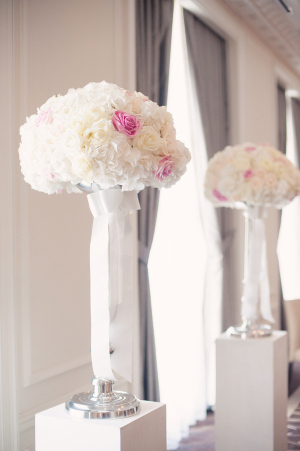 Rose and Hydrangea Florals Ceremony Decor