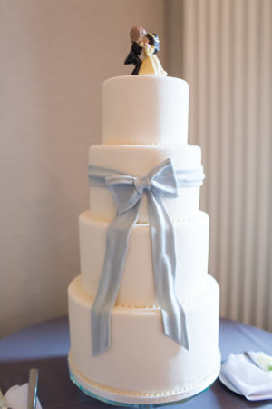 Simple Wedding Cake with Fondant Bow