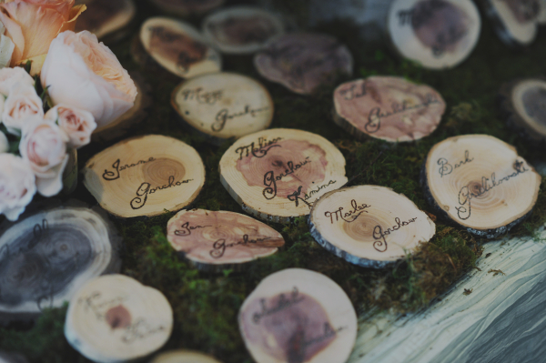 Sliced Tree Trunk Place Cards