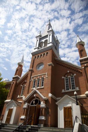 Catholic Church in Canada Wedding Venue