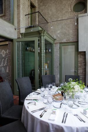 Elegant Outdoor Reception Ideas