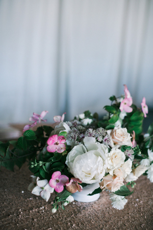 Garden Style Wedding Centerpiece