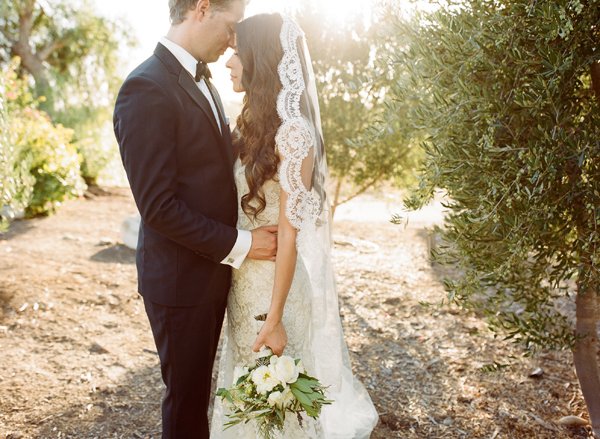 Gorgeous Scalloped Veil