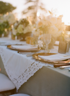 Ivory and White Wedding Tabletop