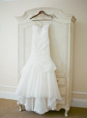 Strapless Classic Monique Lhuillier Gown