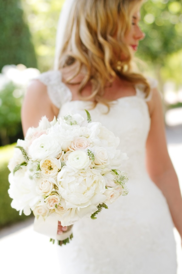Fluffy Ivory Bouquet