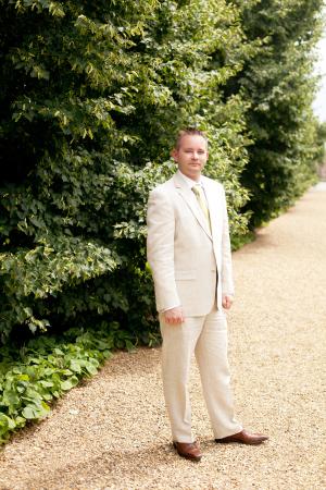 Haspel Linen Suit