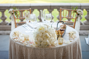 Ivory and Gold Sweetheart Table