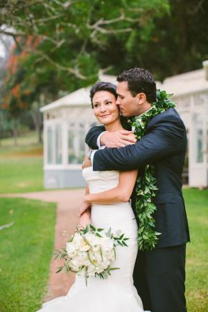 Lanai Wedding Portrait Rebecca Arthurs