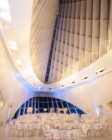 Modern Art Museum Reception