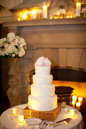 Pearl Wedding Cake on Gold Stand
