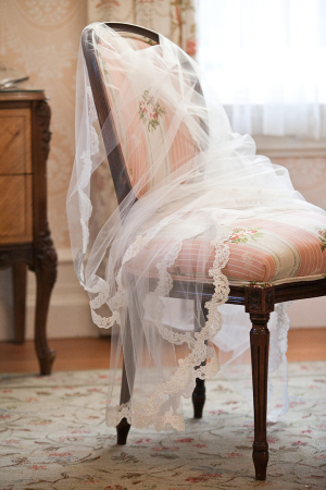 Scallopped Lace Cathedral Length Veil