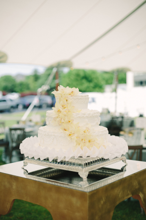 White Cake with Ivory Flowers