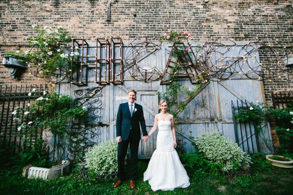 Bride and Groom Outdoor Chicago Portrait