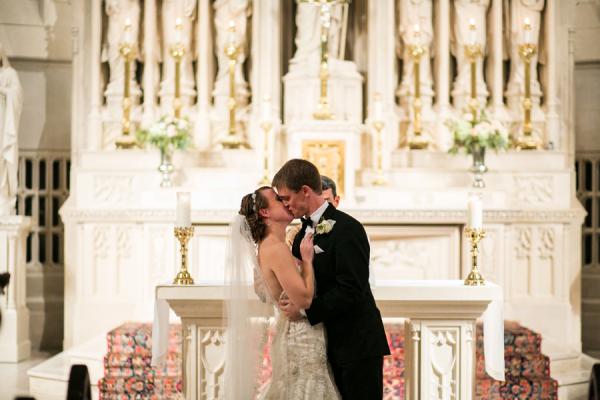 Elegant Chicago Catholic Church Wedding Venue