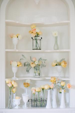 Peach Flowers Wedding Decor