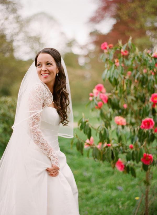 Bride in Lace Bolero