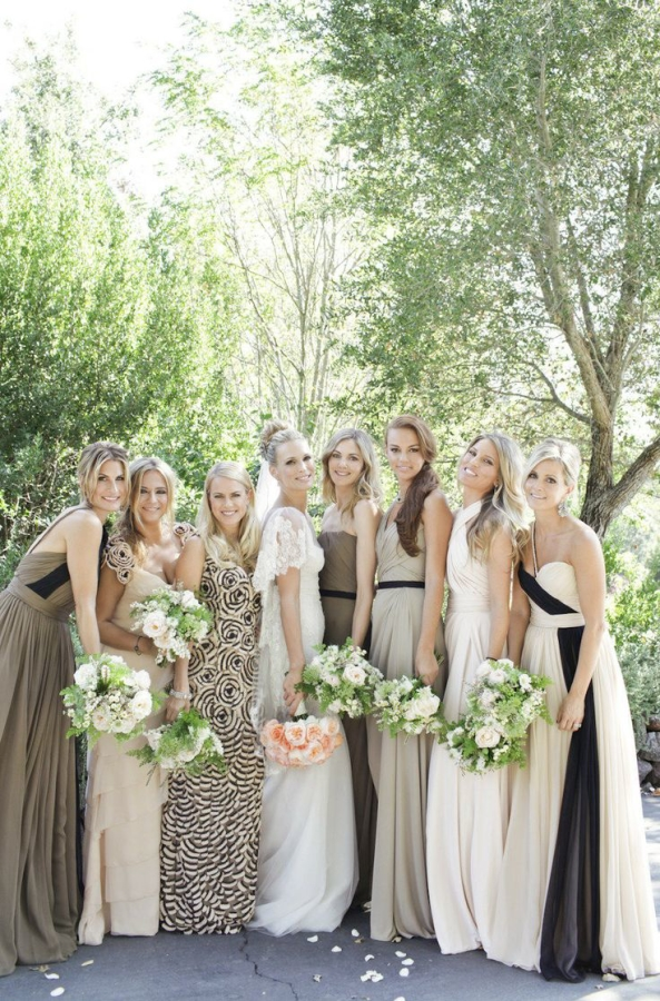 Bridesmaids in Neutral Color Palette