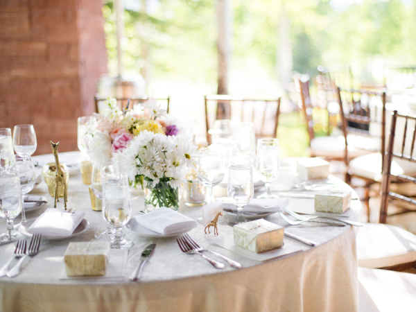 Centerpice for Spring Wedding